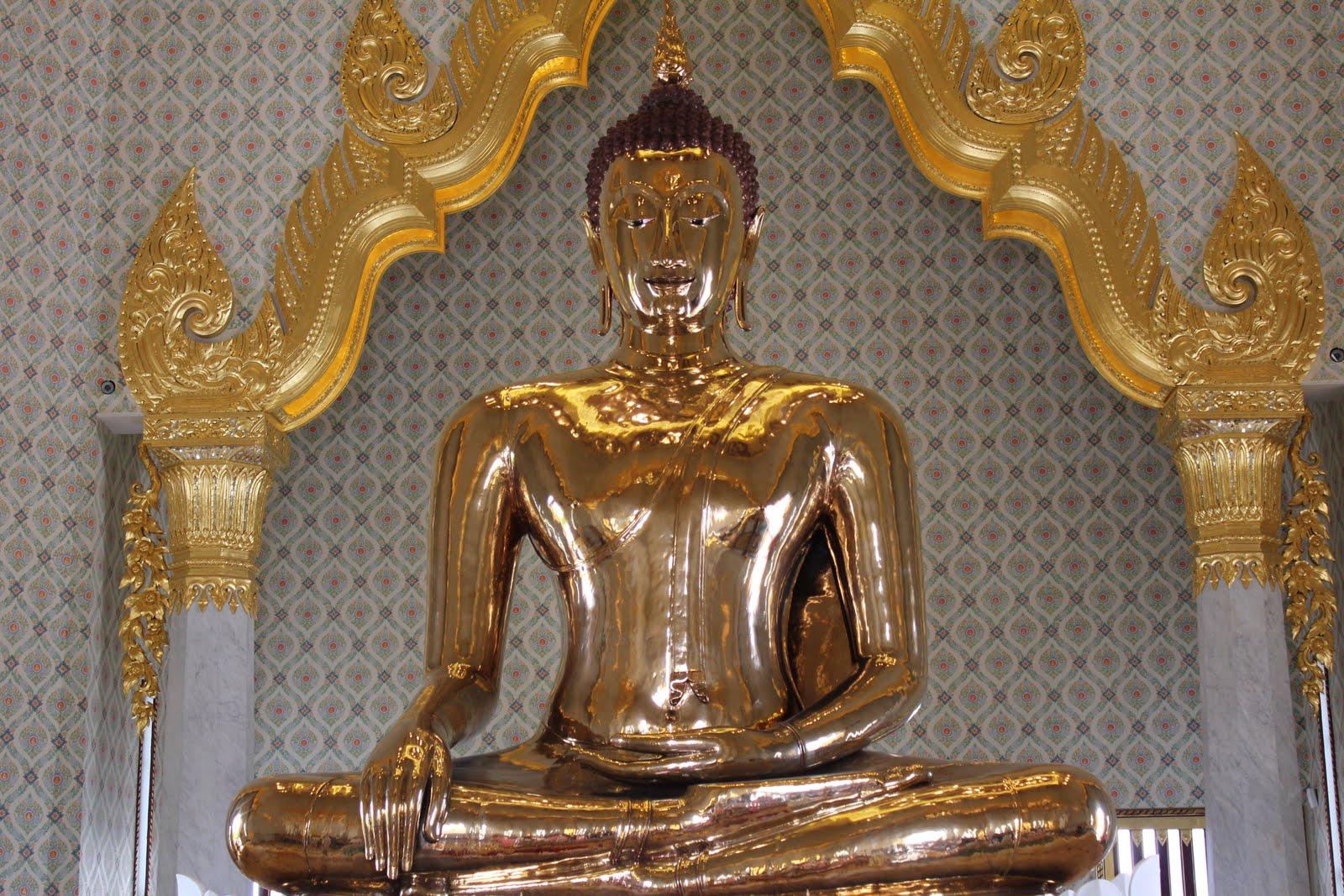 Wat Traimit - BIS Home
